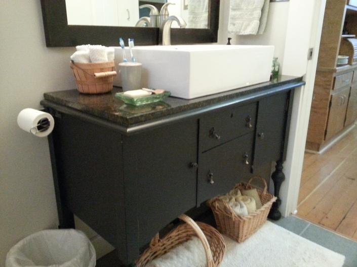 sink & sideboard1